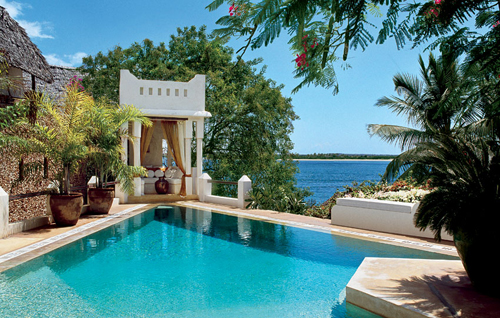 Lamu-House-poolside