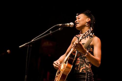 4 Fatoumata-Diawara Ellen Doherty