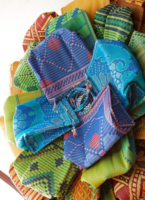 Merchants-on-Long-Joya-Bags-African-Fashion-Accessories