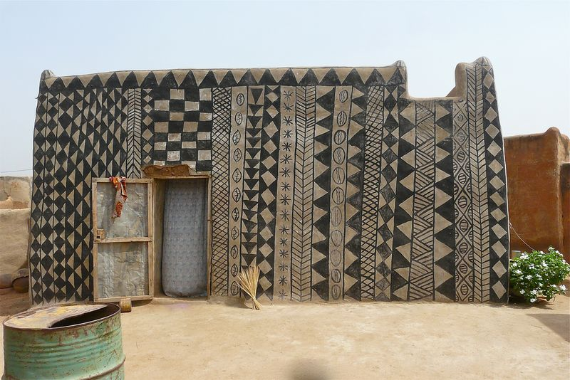 Gurunis Architecture Cour Royale à Tiébélé Rita Willaert