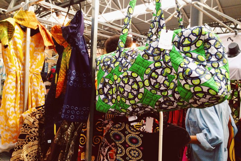 9-African-Market-Open-The-Gate-Old-Spitalfields-Sapelle-Ankara-Wax-Print-Weekend-Bag