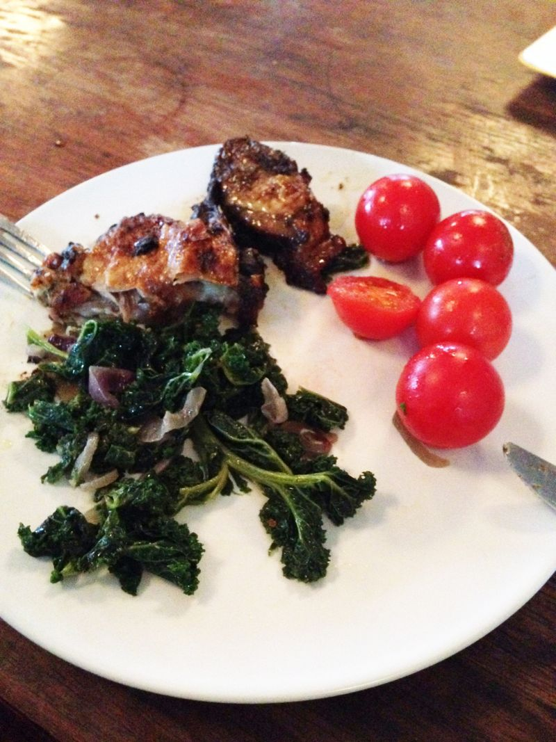 Paleo-Meal-Jerk-Chicken-Kale-Tomatoes